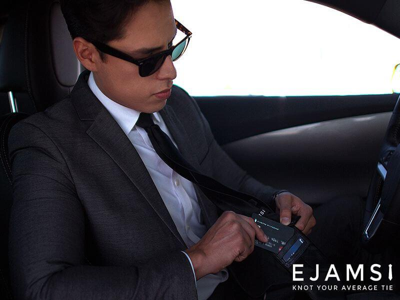 Ejamsi- A men's tie that is also a wallet