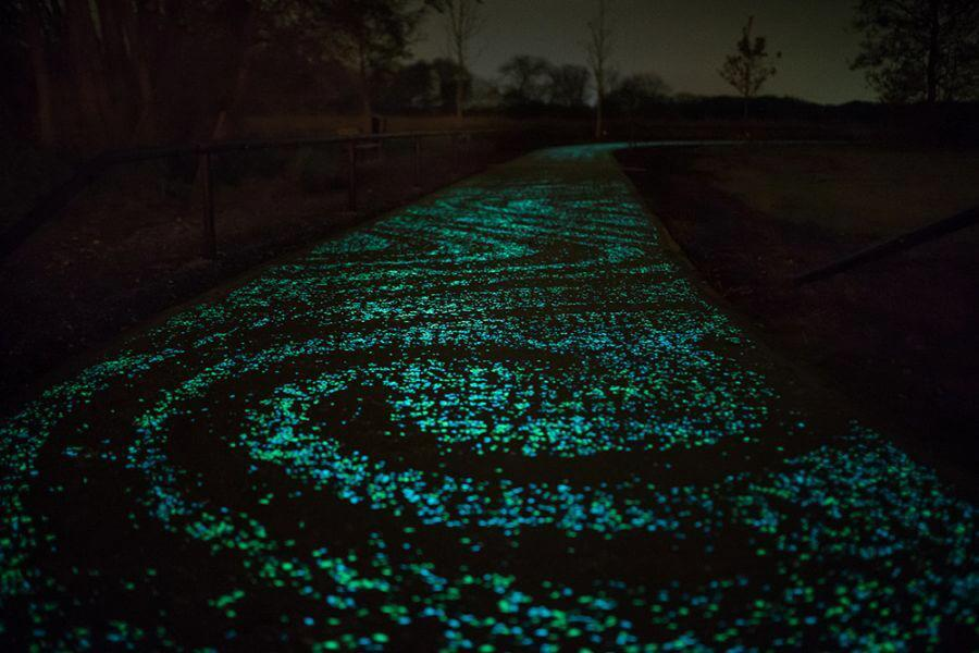 Glow in the dark cycle path