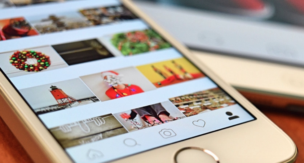 The power of mobile commerce: how to fully engage your customers in the lead up to Christmas