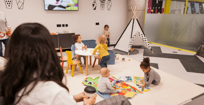Huckletree Supports Parentpreneurs with Power Parents workspace Membership